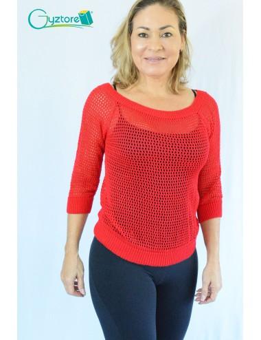 Blusa artesanal roja tejida a mano estilo calado