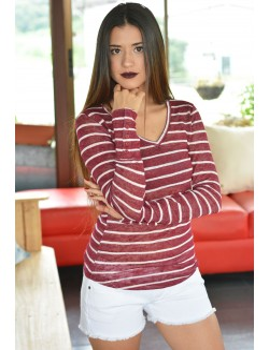 Blusa manga larga color vino con rayas blancas
