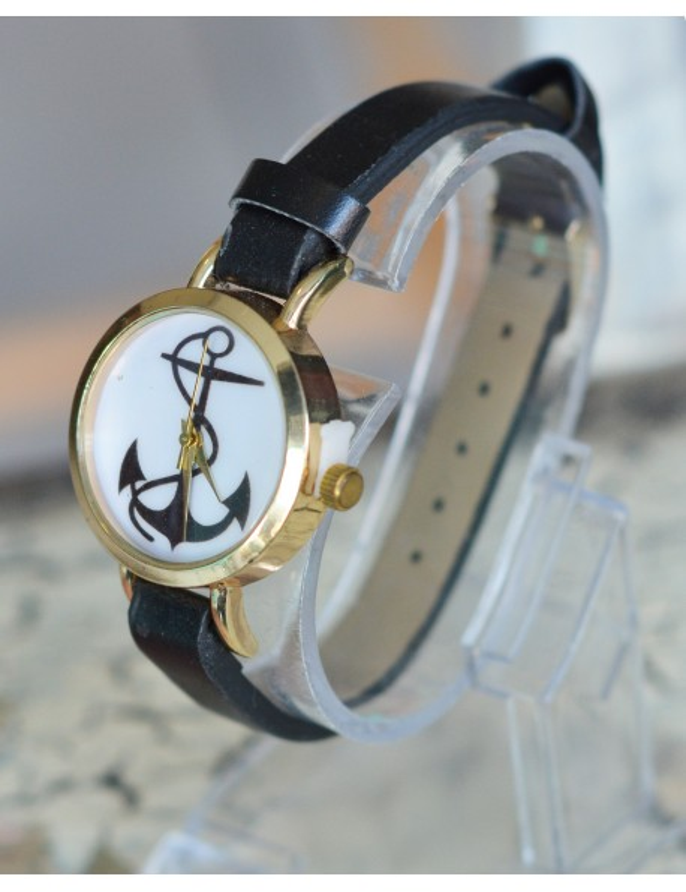 Reloj color negro diseño de Ancla
