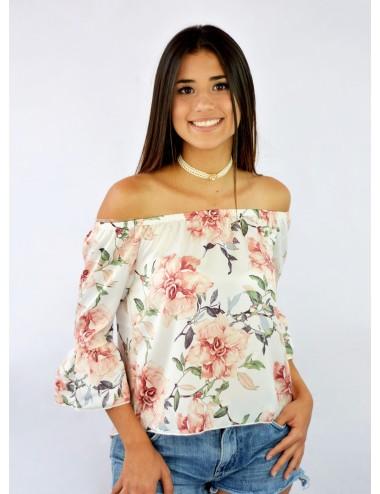 Blusa hombros descubiertos seda manga campana floreada
