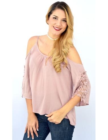 Blusa palo rosa de manta manga campana crochet