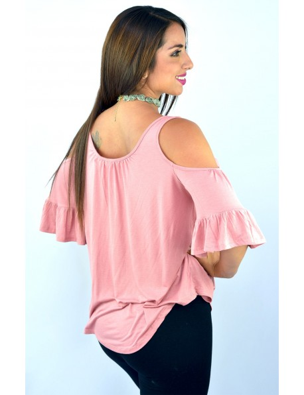Blusa palo rosa hombros descubiertos lazo frontal