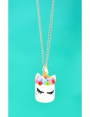 Collar diseño de Unicornio con flores de colores
