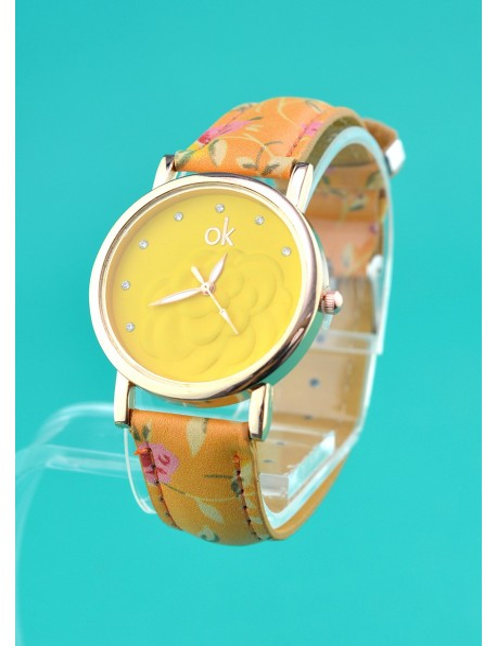 Reloj brazalete diseño de rosas