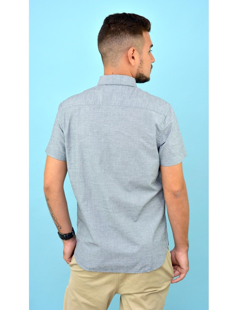 Camisa gris con detalles amarillo