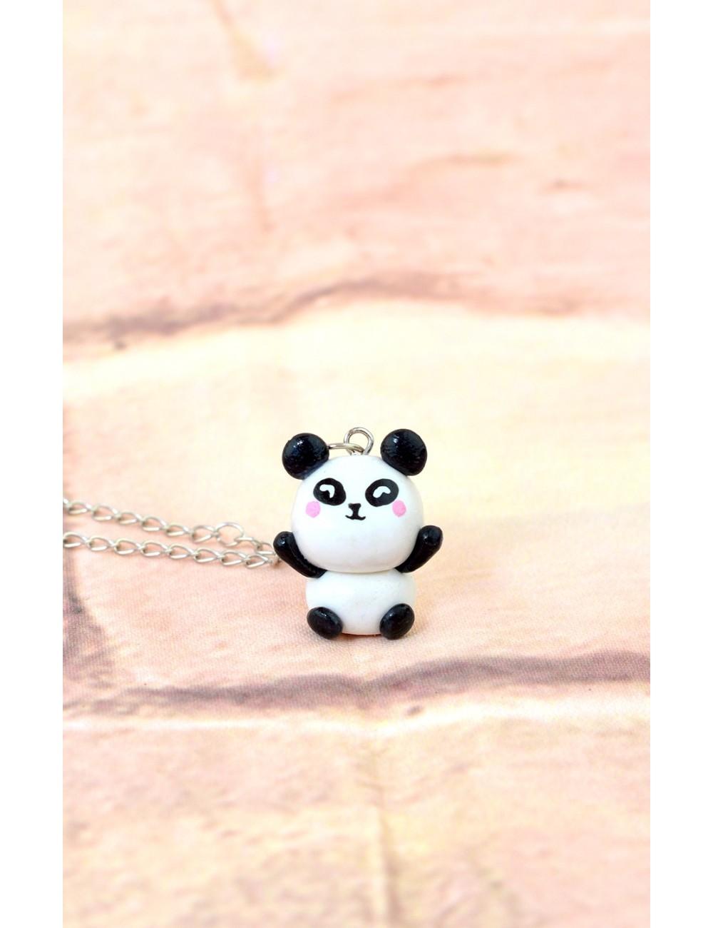 Collar con dije de Panda