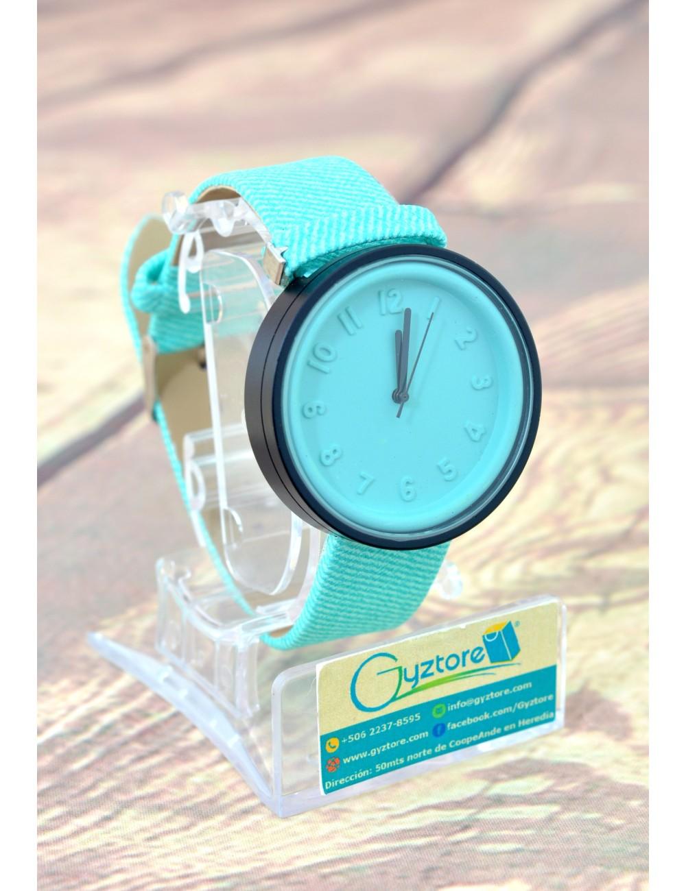 Reloj Casual Unisex Números con Relieve