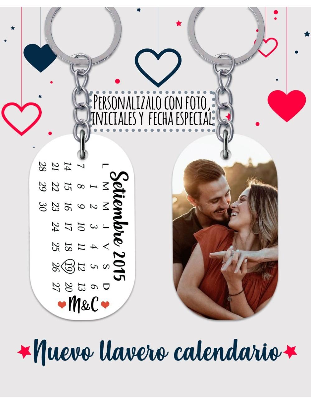 Llavero personalizado con calendario e iniciales