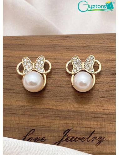 Aretes diseño de Minnie