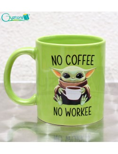 Taza verde diseño Baby Yoda
