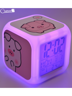 "Relojes digitales ""Chanchito"" con LED multicolor"