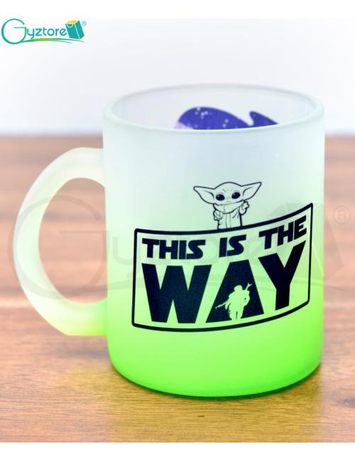 Taza glaseada verde diseño Baby Yoda
